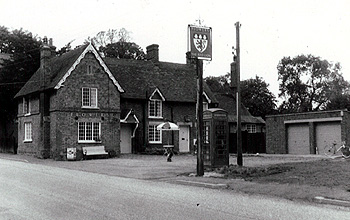 The Red Lion about 1960 [WB/Flow/4/5/MB/RL2]